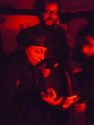 non si accendono i cellulari in camera oscura!